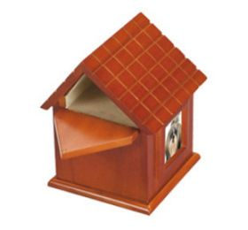 Small Dog House 50 Cu In